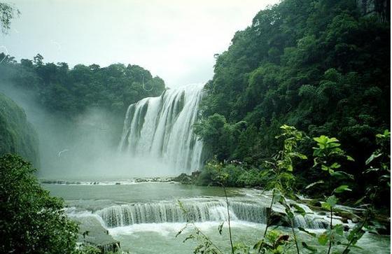 贵州苗族风景速写