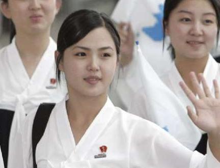 李雪主(朝鲜语:,1985年或1989年9月28日-),曾译李雪珠,李雪洙,是朝鲜