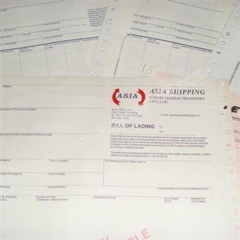 空运提单(airway bill)与海运提单有很大不同,却与国际铁路运单相似.