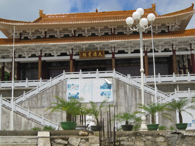 目前止,已建成河北海滨浴场,沙扒旅游度假开发区及双山岛旅游开发区