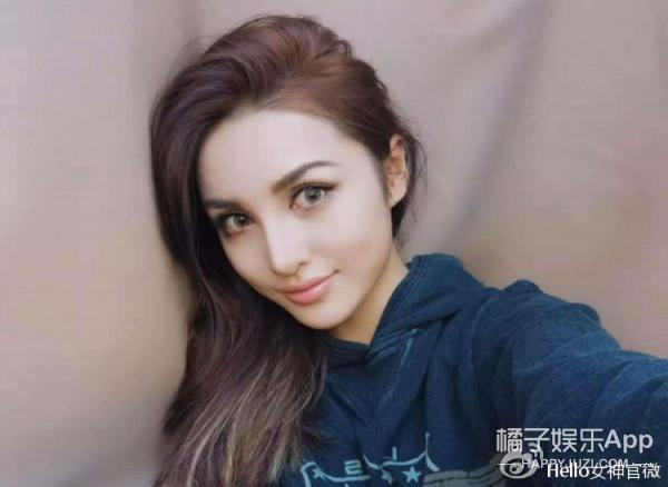 中俄混血、神似昆凌,扒扒这个被王思聪第二眼相中的姑娘
